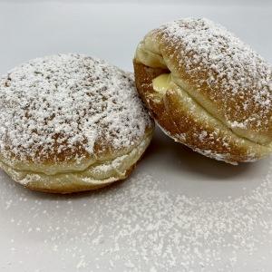 Buns-Donuts-Etc-5-Cream-Donut