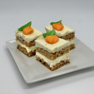 13-Small-Pastries-Carrot-Cake