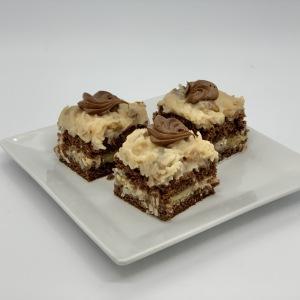 17-Small-Pastries-German-Chocolate