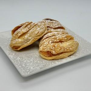 6-Small-Pastries-Sfogliatella