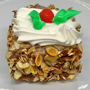 Lg-Pastries-8-Rum-Square