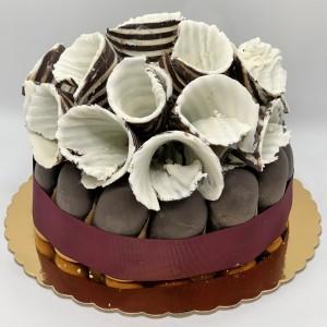 Ready-Made-Cakes-30-Charlotte-Cecilia